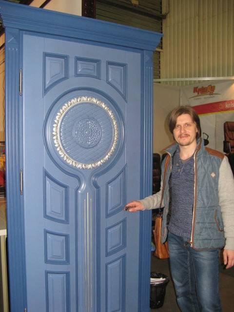 Дизайнерские двери Sunflower от Сергея Сухоставца